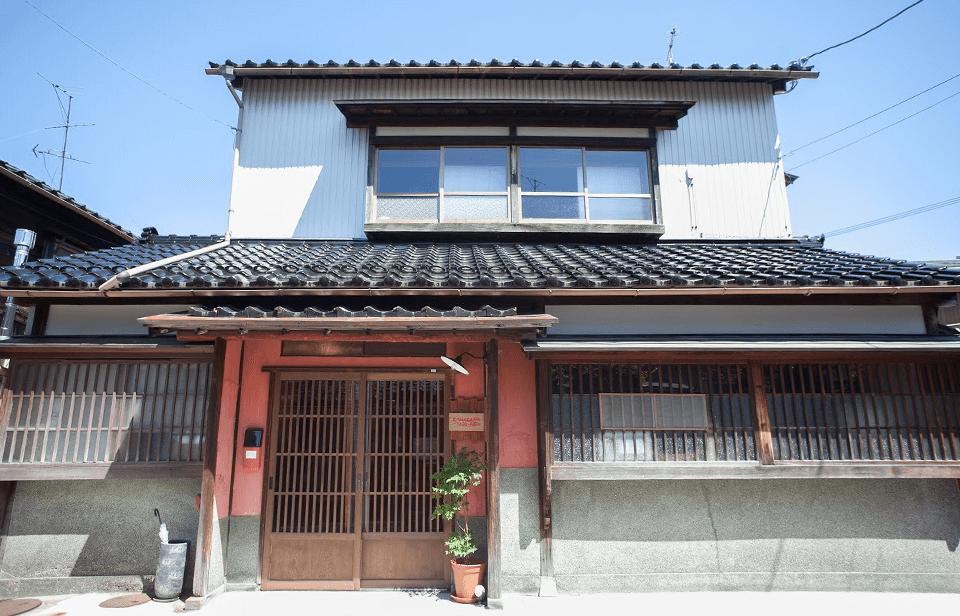 金沢市小橋のゲストハウス第1号